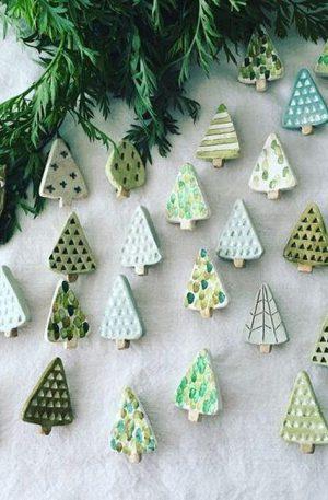 Świąteczne ozdoby z ceramiki